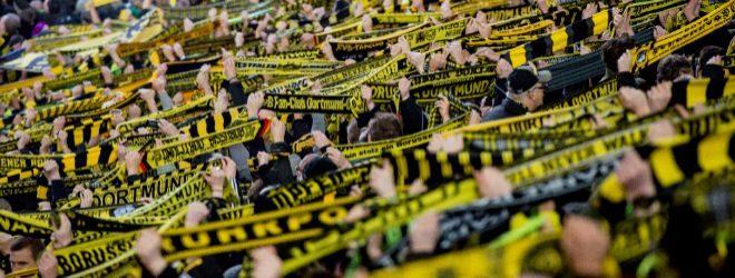 Aficionados del Borusia Dortmund en su estadio.
