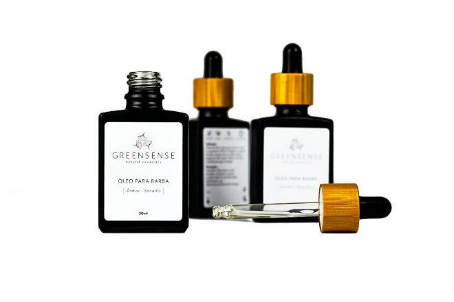 Aceite para barba de sándalo y vainilla; de olibanum e higo; o de ámbar y sándalo, de Greensense, 17,90 euros.