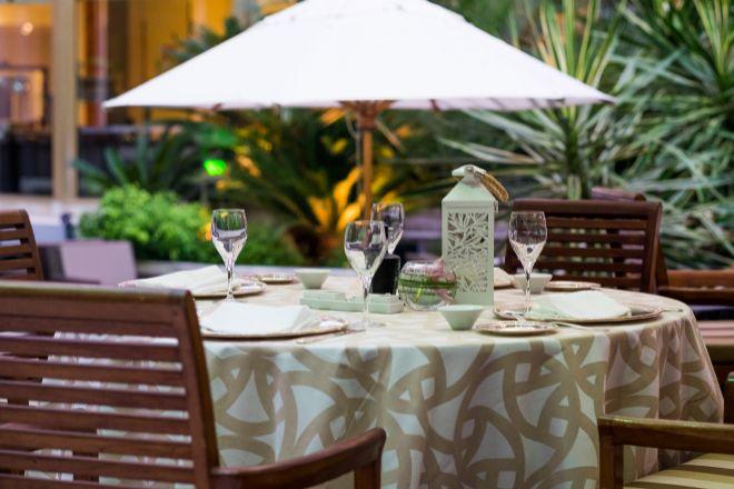 Vista de la Terraza Restaurante El Jardín del InterContinental, que también abre el 23 de agosto.