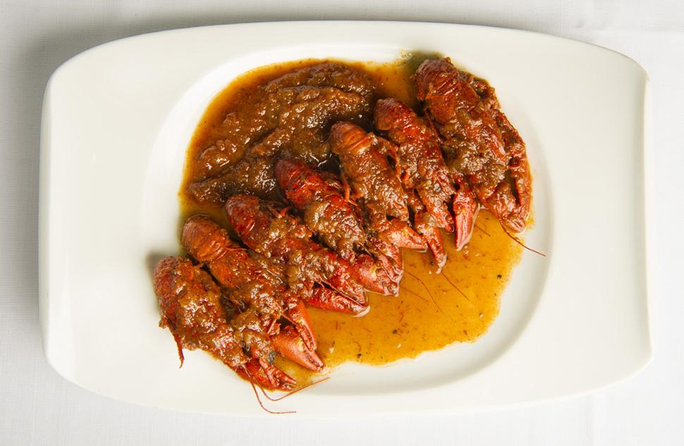 La receta de cangrejos de río puede disfrutarse caliente o templada.