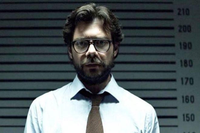 Álvaro Morte en su papel de El profesor en La Casa de Papel.
