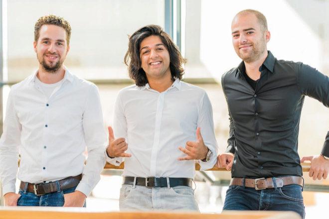 Desde la izquierda, Bas Smeulders, Sabi Tolou y Rob Van Den Heuvel, fundadores de Sendcloud.