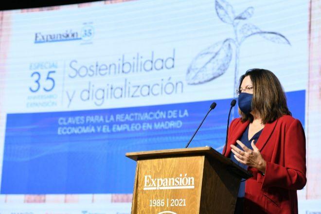 Ana I. Pereda, directora de Expansión, hoy durante la inauguración del foro 'Sostenibilidad y digitalización. Claves para la reactivación de la economía y el empleo en Madrid.