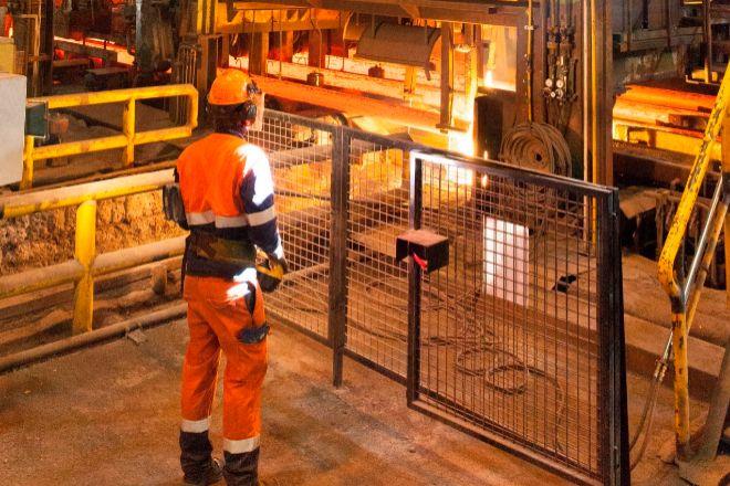 La industria se ralentiza entre abril y junio en Euskadi.