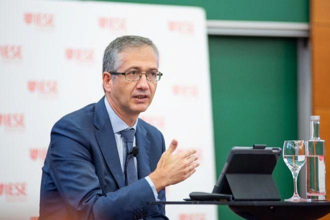 Pablo Hernández de Cos, gobernador del Banco de España, este viernes en el IESE.