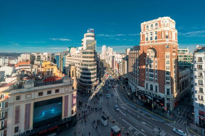 El centro de Madrid y Ciutat Vella empiezan a amortiguar sus caídas gracias al regreso de la demanda.