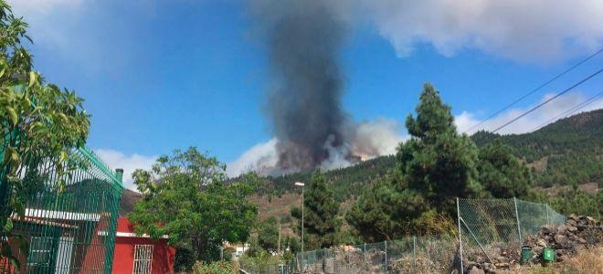 Primeros momentos de la erupción.