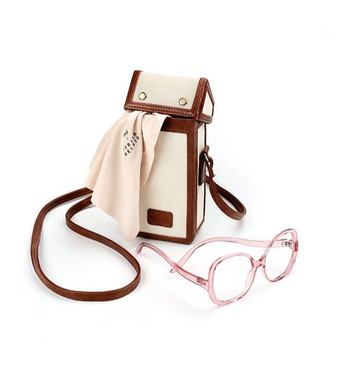 Funda de gafas y montura Faye, 99 euros.