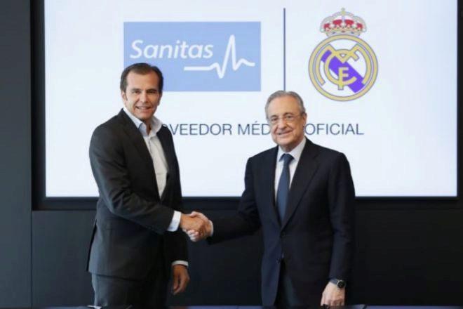 Iñaki Peralta, consejero delegado de Sanitas y de Bupa Europe & LatinAmerica,con Florentino Pérez, presidente del Real Madrid.