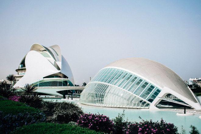 CEV espera que la economía valenciana crezca a pesar del aumento de costes
