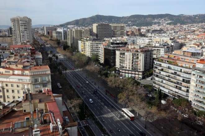 Viviendas en el cruce de Diagonal con Avinguda de Sarrià.