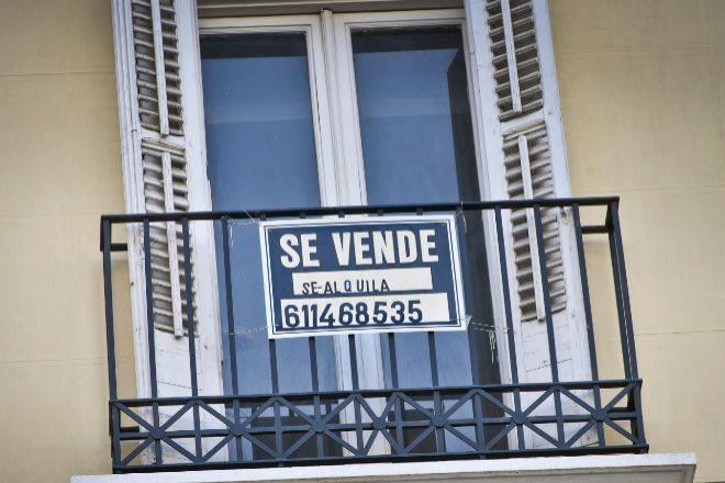Cartel de Se vende.