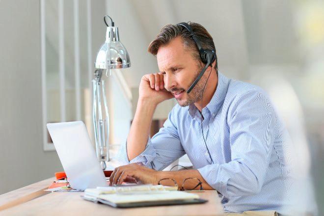 ¿Es legal espiar el email de un empleado que trabaja desde casa?