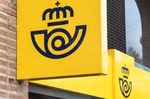 Repsol se alía a Correos para comercializar luz y gas en 1.000 oficinas