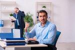 ¿No soporta a su jefe?... Seis ideas para cambiarlo