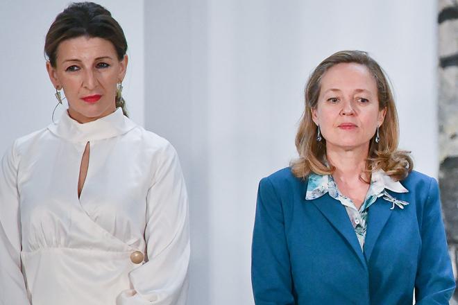 Yolanda Díaz, vicepresidenta Segunda y ministra de Trabajo, y Nadia Calviño, vicepresidenta Primera y ministra de Economía.