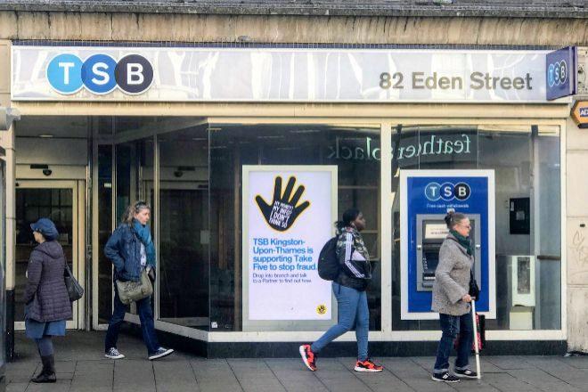 Imagen de una sucursal de TSB en Reino Unido