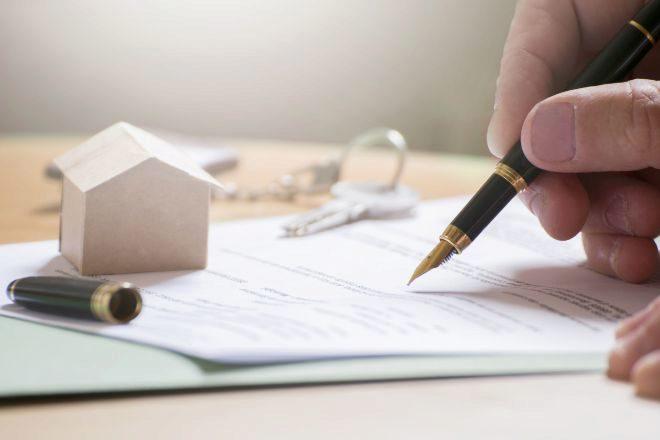Firma de una hipoteca.
