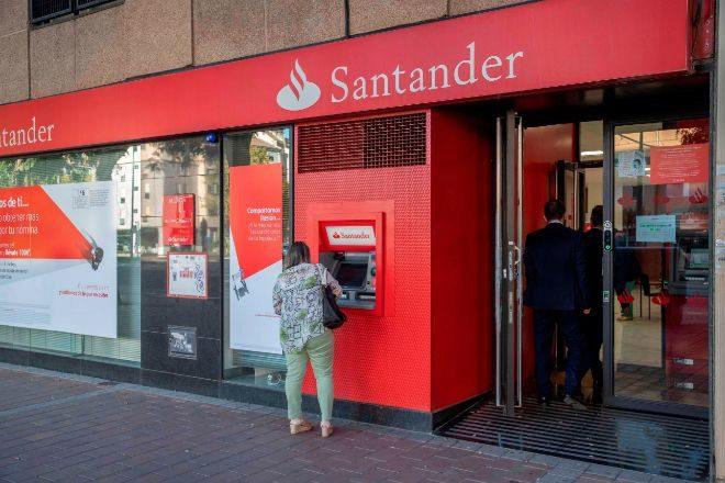 Santander acaba de lanzar una recompra de acciones.
