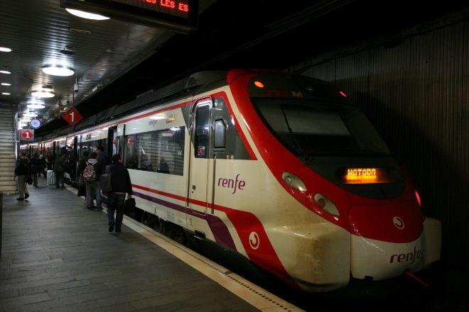 Un tren de cercanías de Renfe.