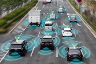 Autopistas que 'hablan', señales inteligentes... Así son las carreteras del futuro