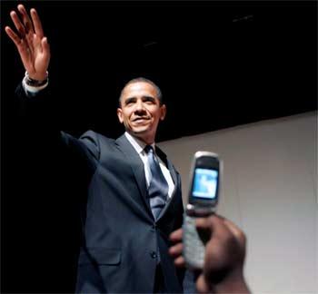 El presidente de Estados Unidos, Barack Obama supo combinar los clásicos mítnies políticos con las nuevas tecnologías durante toda la precampaña
