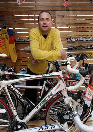 Pere Cahué, de la tienda de bicicletas Probike. EXPANSION/Elena Ramón