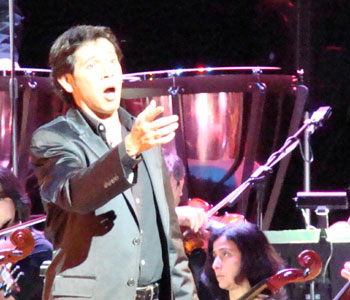 Ricardo Bernal, cantante de ópera.
