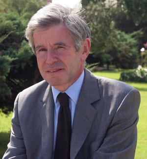 Alain Minc elogia el papel de los bancos centrales durante la crisis
