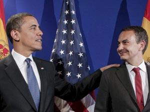 Obama y Zapatero en el encuentro que mantuvieron en abril en Praga | Foto EFE / Emilio Naranjo