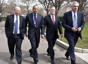 Los consejeros delegados de los principales banqueros de EEUU en una visita a la Casa Blanca para reunirse con Obama en 2009