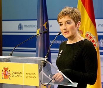 La directora general de Arquitectura y Política de la Vivienda, Anunciación Romero, hoy en la rueda de prensa del Ministerio de Vivienda. EXPANSIÓN