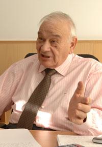 Blas Calzada, ex presidente de la CNMV y actual presidente del Comité Asesor del Ibex. / Rafa Martín