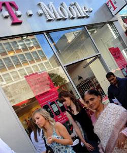 Tienda de T-Mobile en Londres | Foto Efe