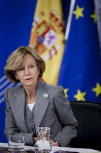 La vicepresidenta segunda del Gobierno, Elena Salgado, durante la rueda de prensa posterior a la reunión del Consejo de Ministros del pasado viernes.