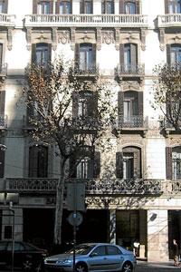 Edificio Paseo de Gracia 36, en Barcelona, adquirido por Mango al Banco Sabadell