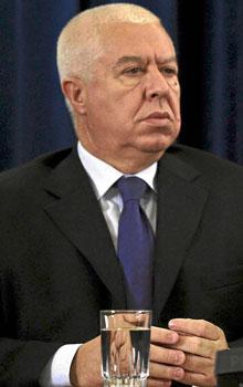 Fernando Teixeira dos Santos, ministro de Finanzas luso